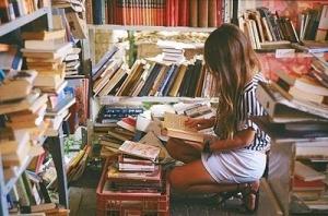 books-girl-library-read-story-Favim.com-101835